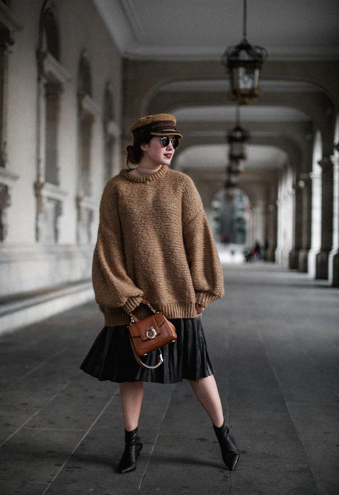 maxi-jersey-mangas-abullonadas-falda-plisada-negra-look-streetstyle-myblueberrynightsblog10
