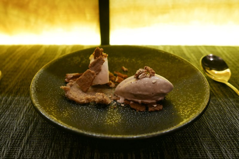 Red Bean Ice Cream, Red Bean Cheesecake, Pecan Butter, Pecan Tuile