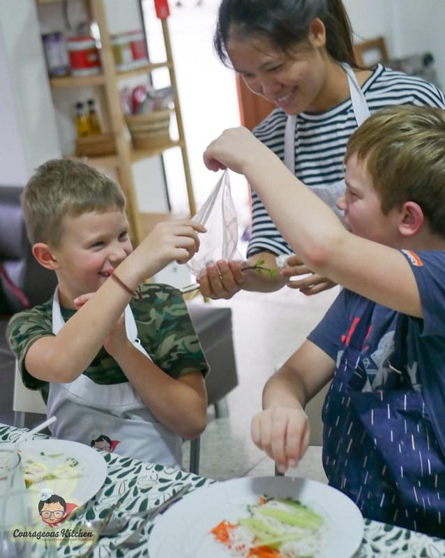kids cooking class bangkok-5
