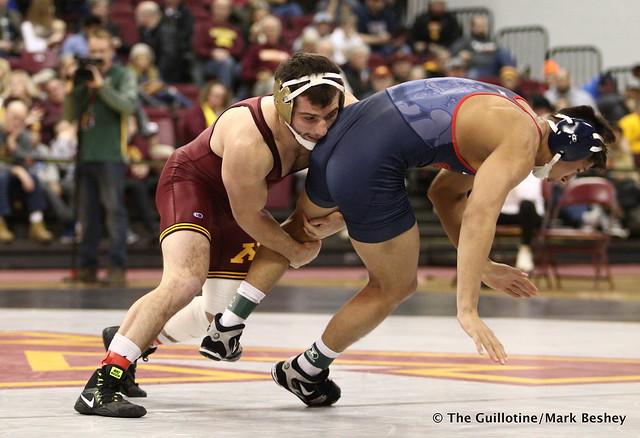157 #13 Jake Short (Minnesota) maj. dec. Greg Gaxiola (Fresno State) 14-4 - 171210AMK0045