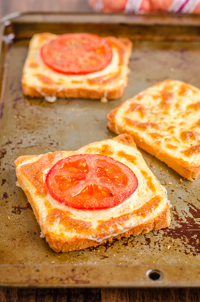 3 Ingredient tomato cheese toast in a baking sheet