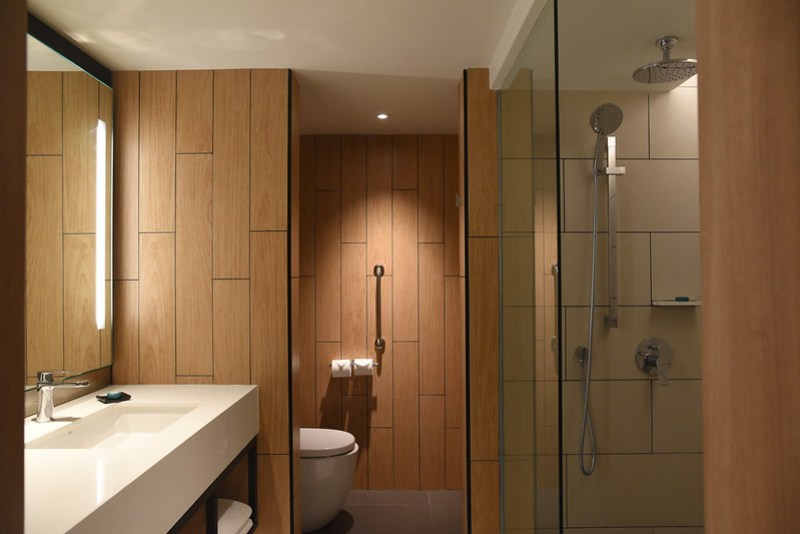 bathroom - parkroyal penang resort