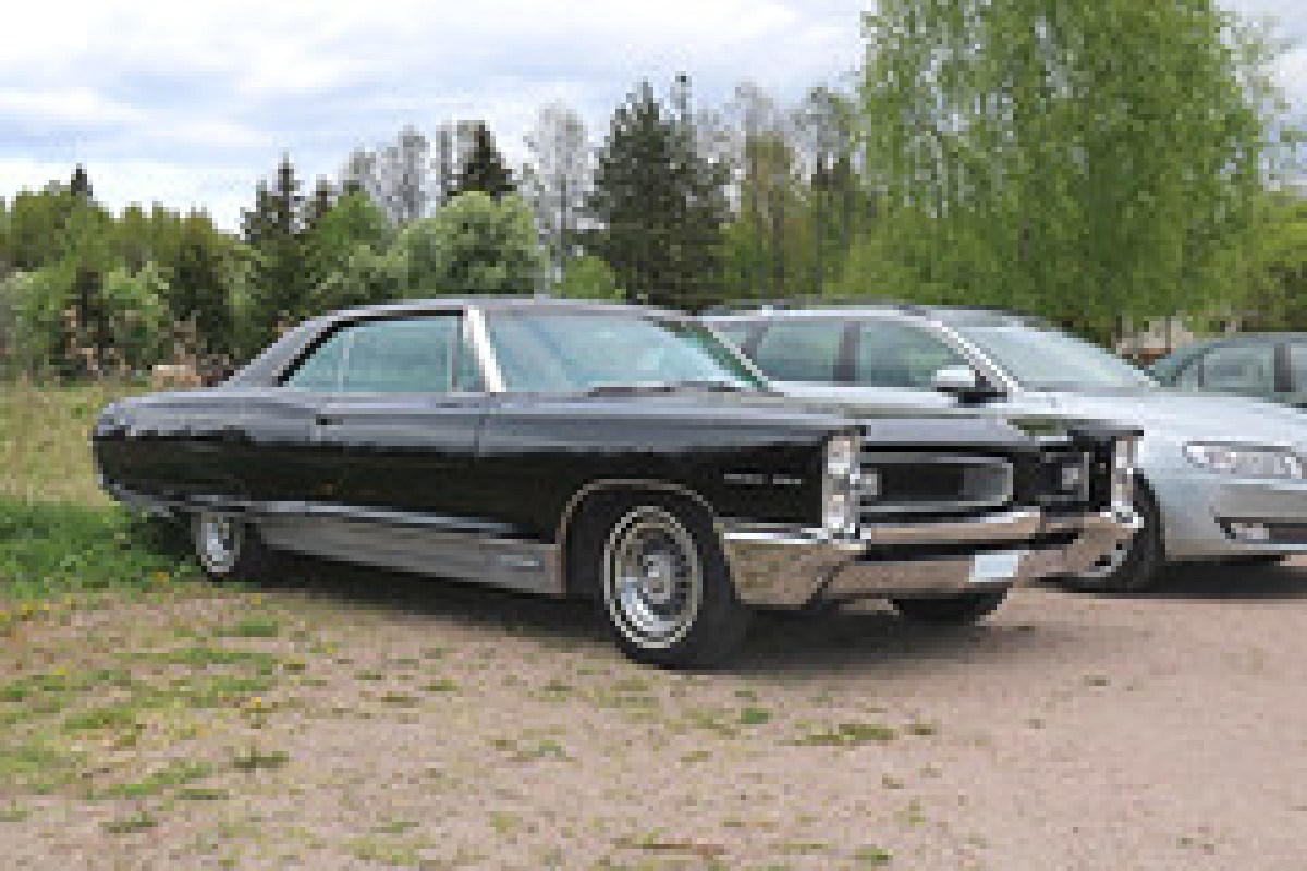 1966 pontiac grand prix favorite car photos. Black Bedroom Furniture Sets. Home Design Ideas