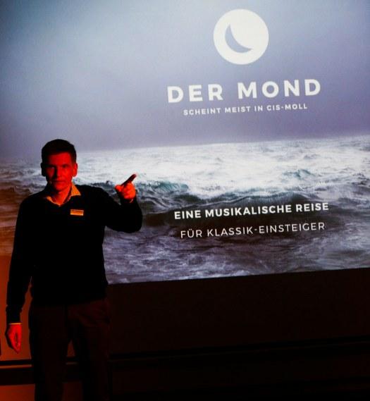 Der Mond scheint meist in cis-Moll - Premiere Herford 2017