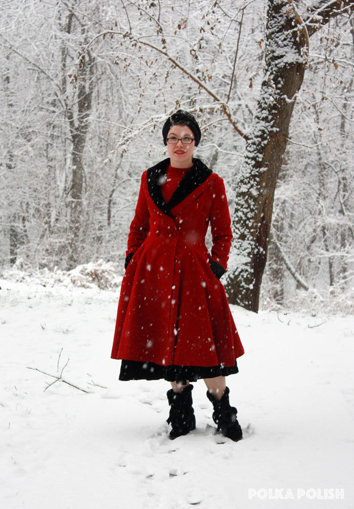 winter-snowstorm-red-black-3