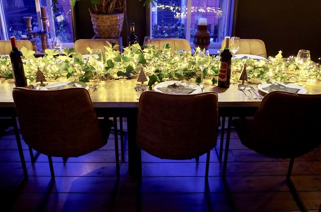 Gedekte tafel kerstdiner