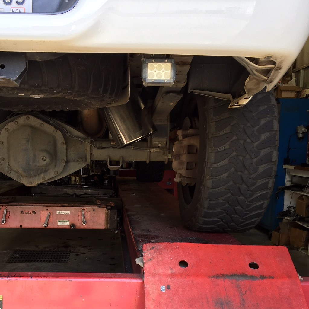 axle dump exhaust pros cons page