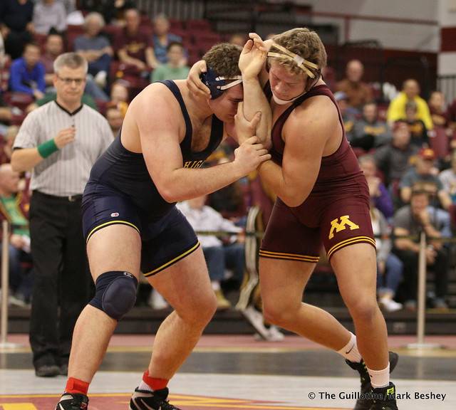 Hwt: No. 2 Adam Coon (Michigan) dec. Rylee Streifel (Minnesota) 7-2. 180121AMK0154