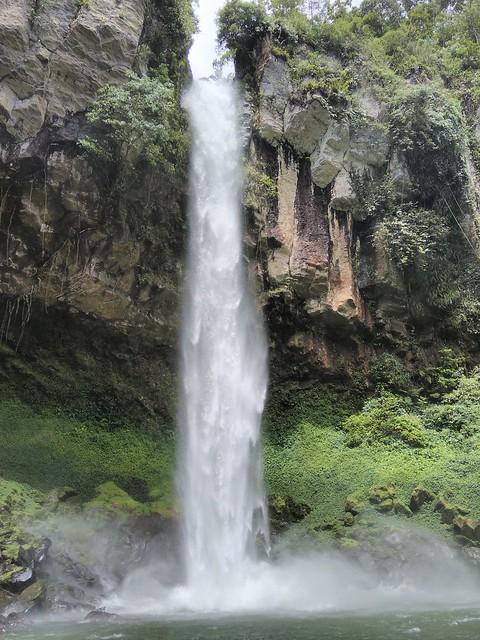air terjun Putri Malu Lampung