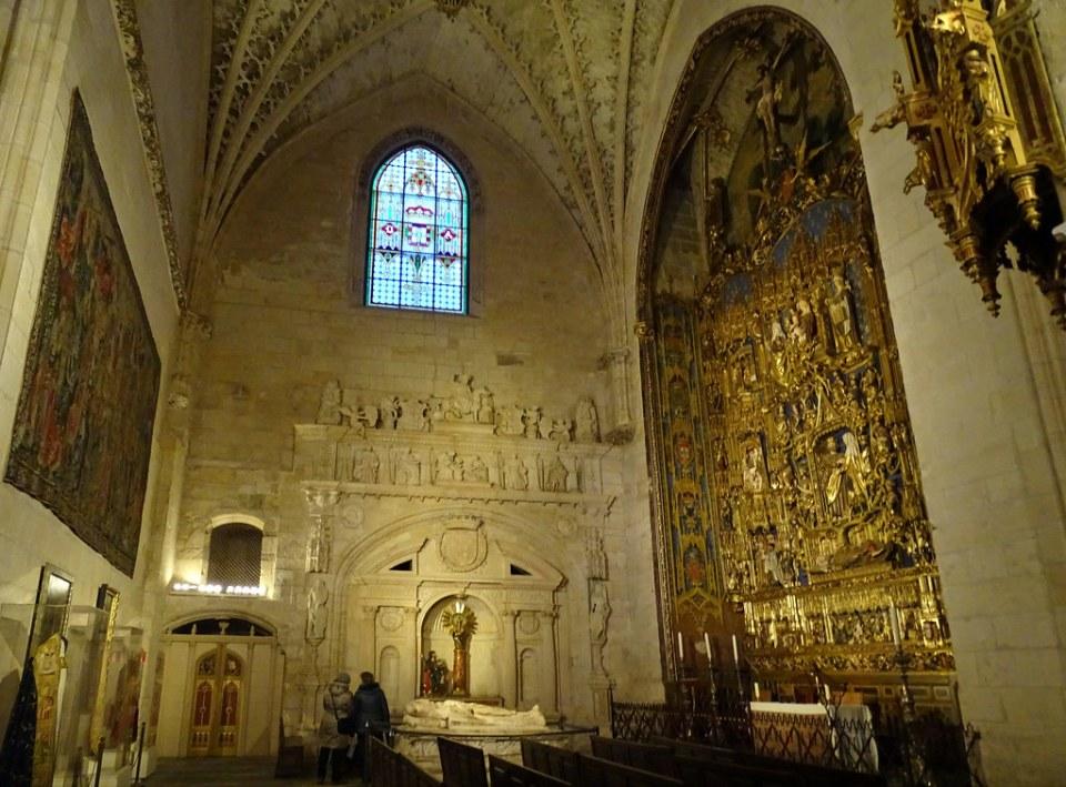 Catedral de Burgos Capilla de la Concepción o Santa Ana Retablo mayor de Gil de Siloé 00