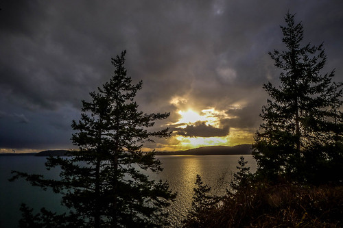 Samish Island Sunset and Rainbow-005