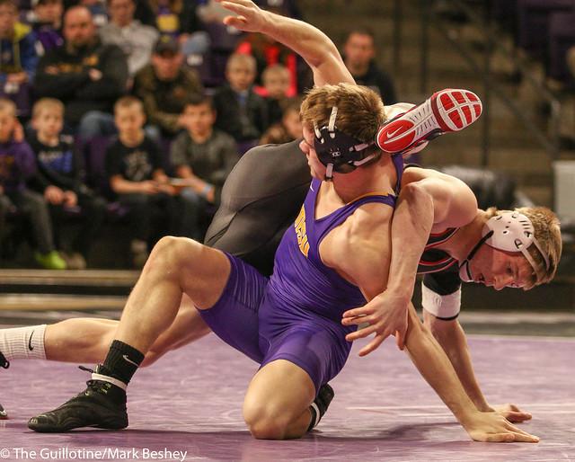 174: #7 Zach Johnston (MSU) Dec. over #3 Kolton Eischens (SCS) 11-5 | SCS 9-7 MSU - 180203amk0105