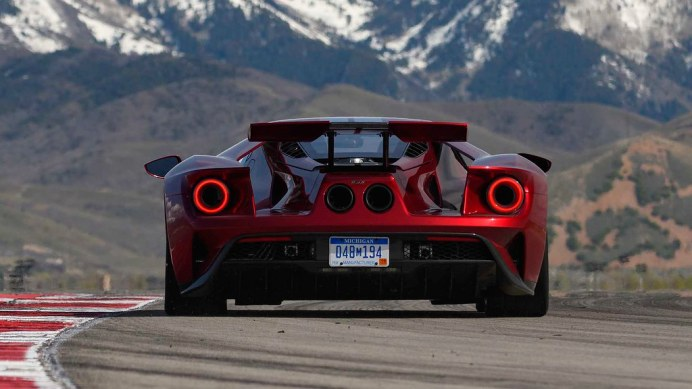 2017-ford-gt-first-drive (1)