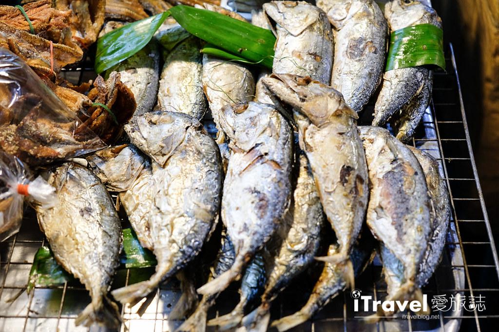 曼谷夜市推荐 查龙四夜市Chok Chai 4 Night Market (19)