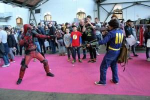 Deadpool vs Vault Boy
