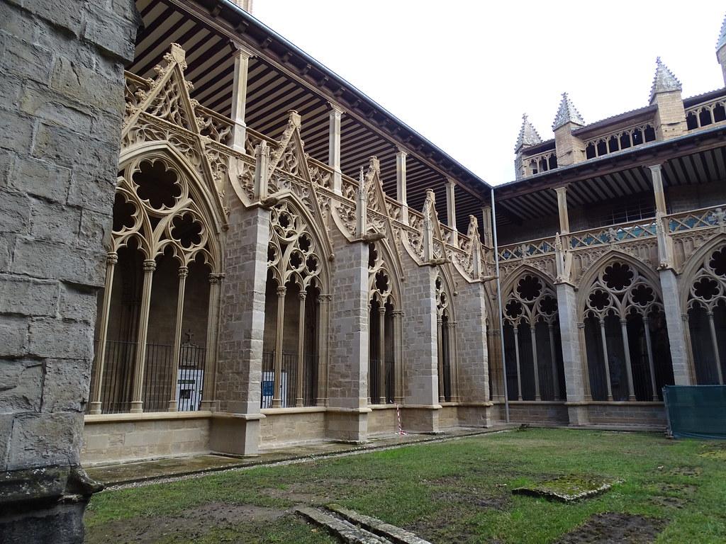 Traceria del claustro Catedral de Santa Maria La Real Pamplona 01