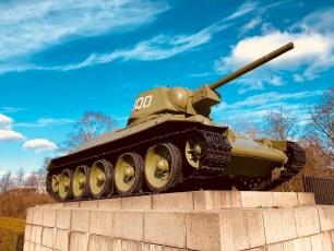 Soviet War Memorial (Tiergarten) T-34 Tank