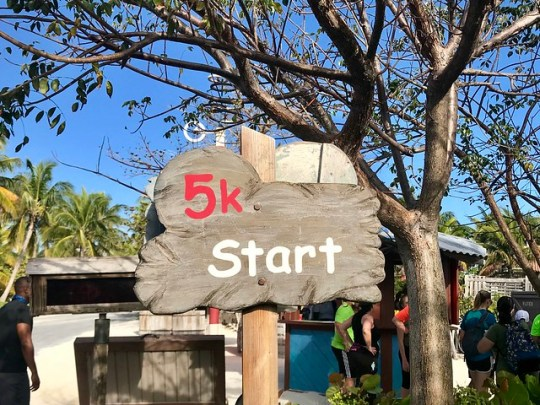 Castaway Cay 5K start