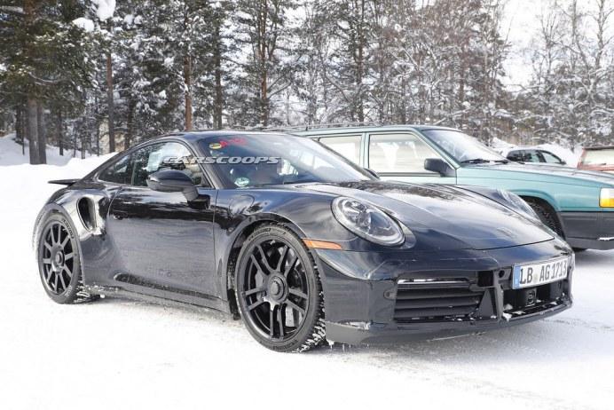 Porsche-911-GT3-Mule-12