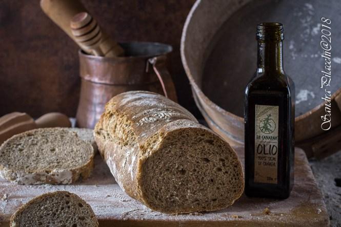 pane con farina di canapa o