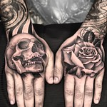 Both hands one session for Brent. Done at New Wave, London. Thankyou mate! #skull #rose #handtattoo #blackandgreytattoo