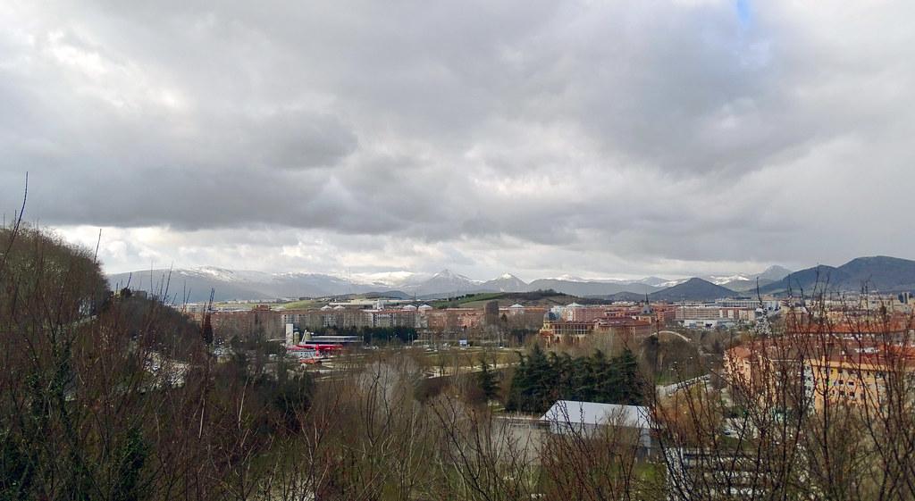 Pamplona vistas y cielos 03