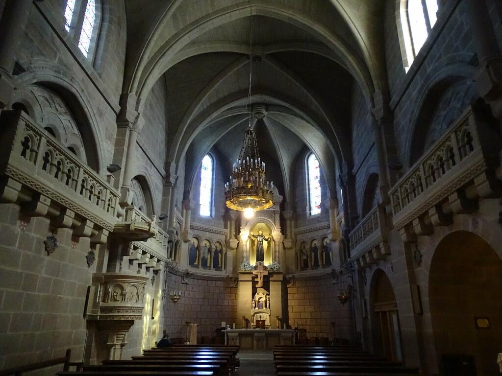 Basilica de San Francisco Javier nave neogotica, Altar mayor y tribunas lombardas Castillo de Javier Navarra 02