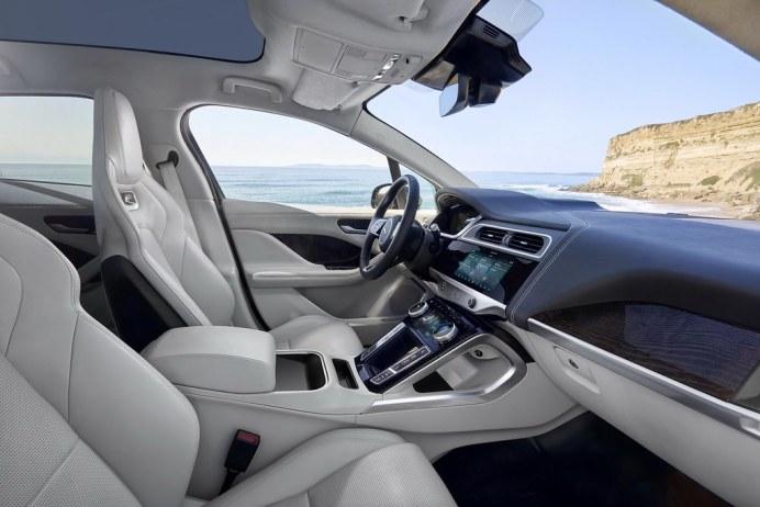 2019-Jaguar-I-Pace-48