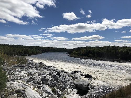 Portage-du-Fort - Ottawa River