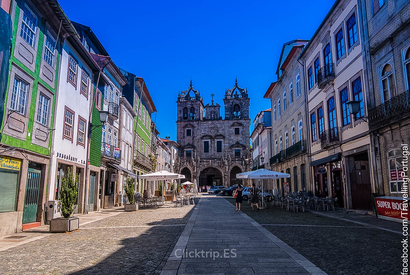 · Catedral o Sé, uno de los imprescindibles de Braga · Qué ver en Braga en un día · Excursiones desde Oporto ·
