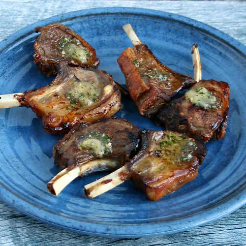 Keto Garlic Rosemary Lamb Chops Recipe