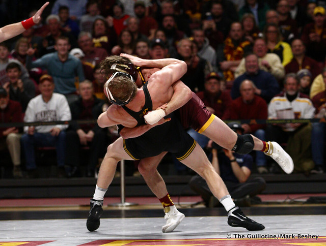 157 #5 Kaleb Young (Iowa) dec. 9 Steve Bleise (Minnesota) 7-1. 190113AMK0018
