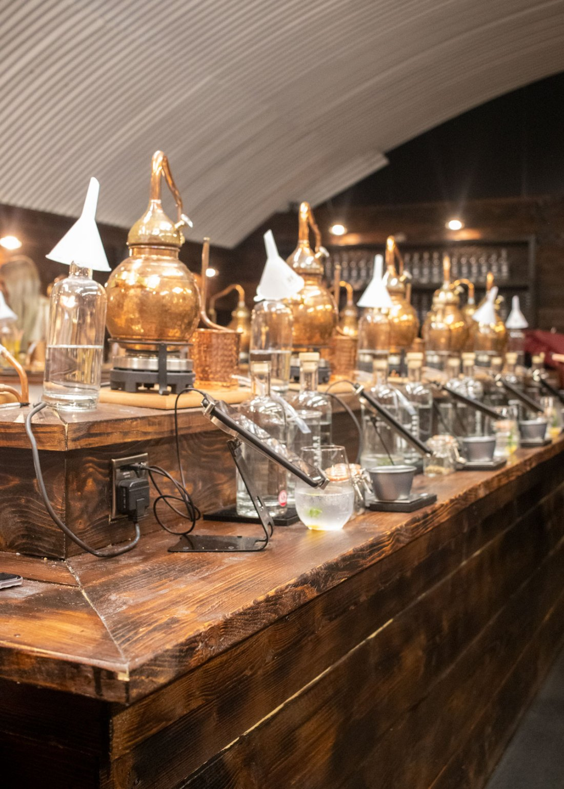 Make-Your-Own-Gin-at-Manchester-Three-Rivers