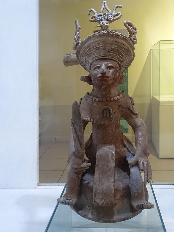 tapa antropomorfa de incensario ceramica Museo de Arqueologia Copan Maya Honduras 03