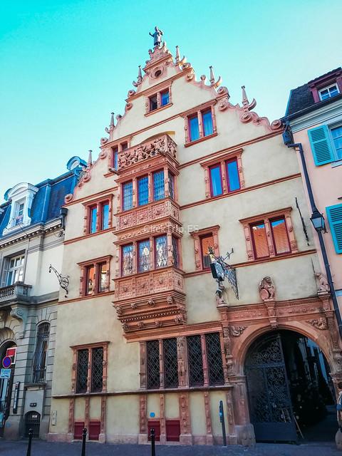 Maison des Tetes | Qué ver en Colmar en un día | Ruta de un día por Colmar | Colmar en Navidad | ClickTrip.ES