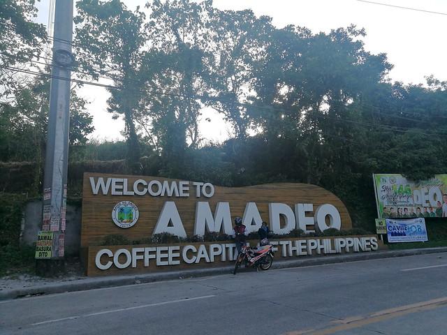 Amadeo Cavite sign
