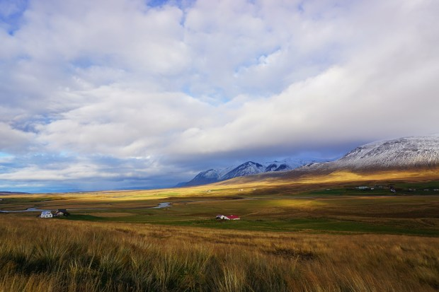 On the road to North-Western Iceland
