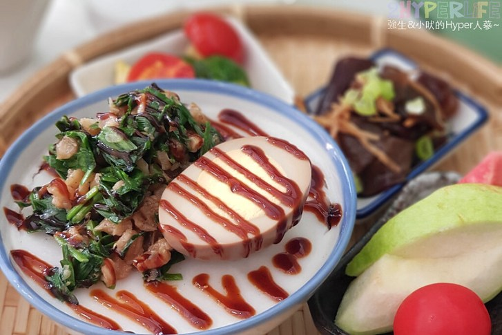 32796427608 fda0fec78f c - 秋福飲食店│來自阿嬤手作讓人想念的味道~台式蘿蔔糕和碗糕也能變身文青早午餐!