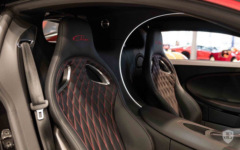 50e1f747-bugatti-chiron-for-sale-11