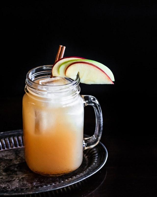 white apple sangria