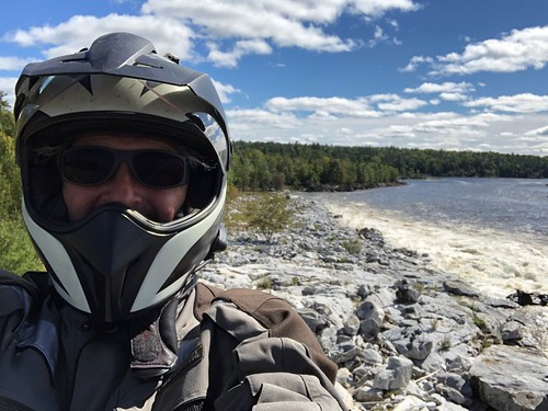 Portage-du-Fort Pierre with helmet