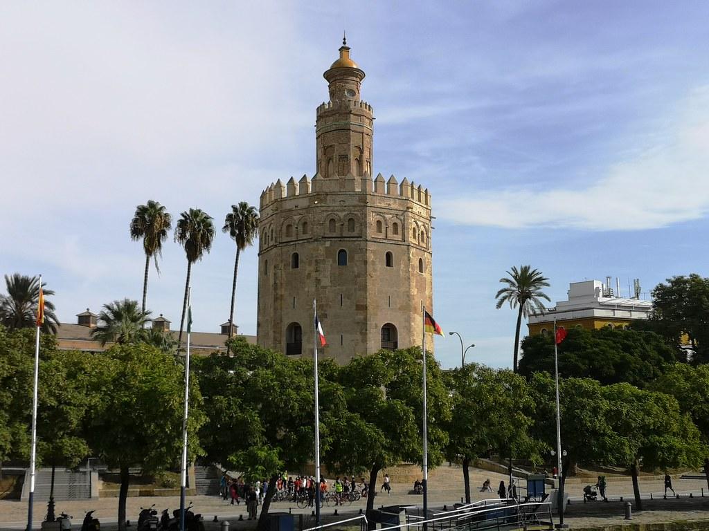 exterior Torre del Oro Sevilla 02