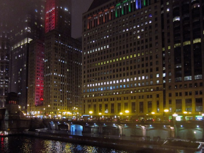 December evening on the Chicago River