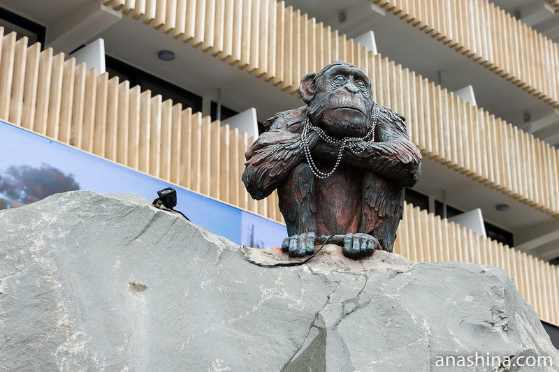 Статуя обезьяны