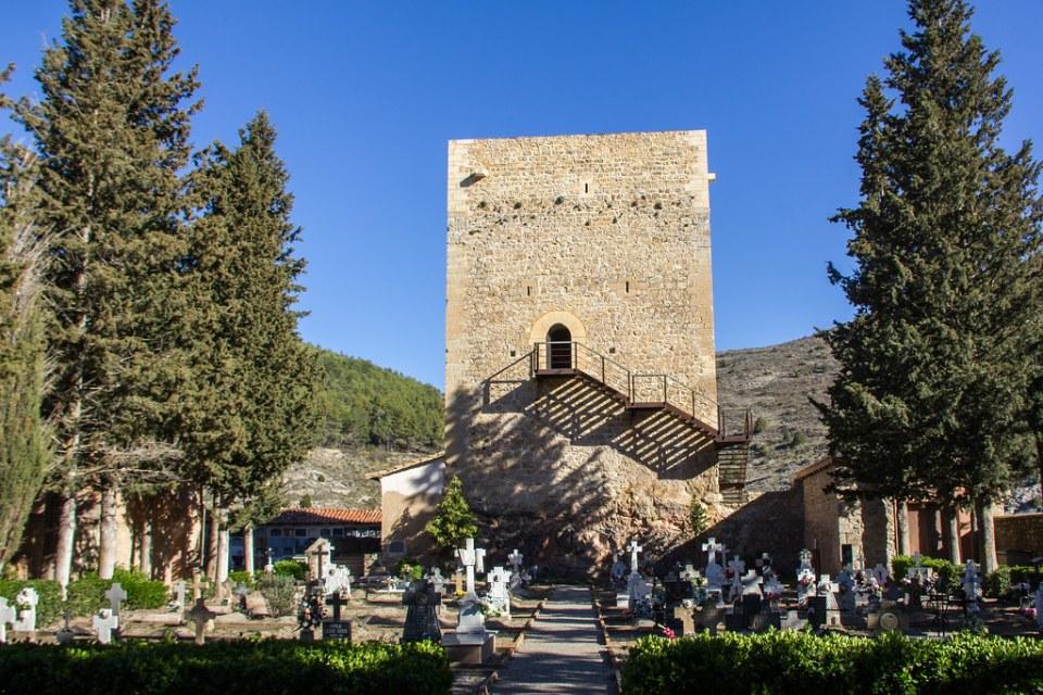 Torre Blanca o de Doña Blanca muralla de Albarracin Teruel 04