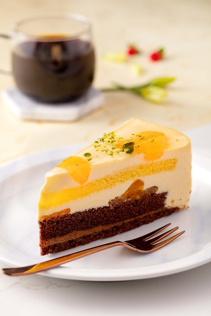 Starbucks_Mandarin Orange Chocolate Mousse Cake