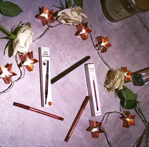 Make up Revolution Duo Brow Definer