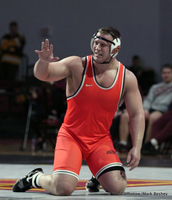 285: #5 Gable Steveson (Minnesota) dec. #3 Derek White (Oklahoma State) 8-2. 181118AMK0243