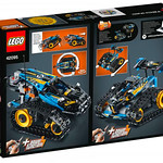 LEGO Technic 42095 Remote Controlled Stunt Racer 8