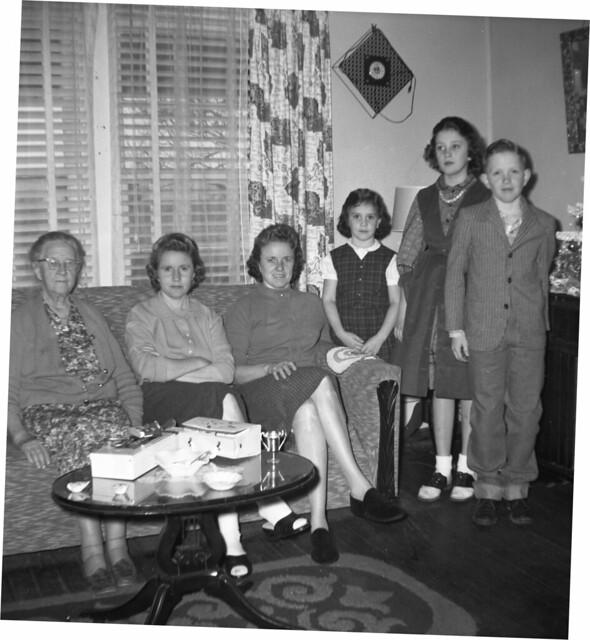 1959a HDTJr, Glyn, Sus, Lois T, NRT, Mamie